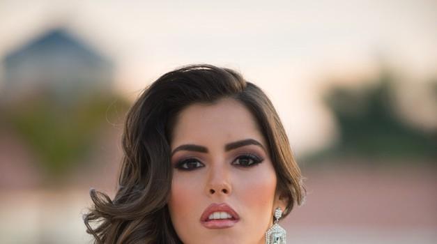 To je Paulina Vega, nova mis Universe! (foto: Profimedia)