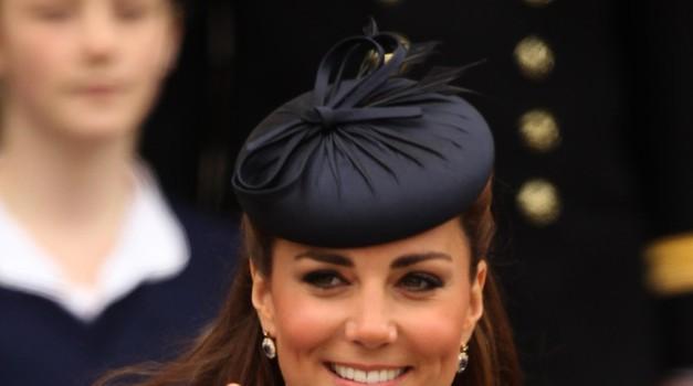 V čem je skrivnost sijoče kože Kate Middleton? (foto: Profimedia)