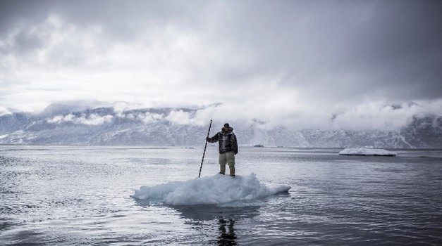 Fotograf Ciril Jazbec vabi na svojo razstavo Na tankem ledu (foto: Ciril Jazbec)