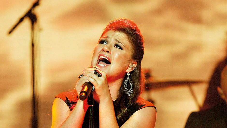 Izpoved Kelly Clarkson: Po porodu je le jokala in popivala (foto: Profimedia)