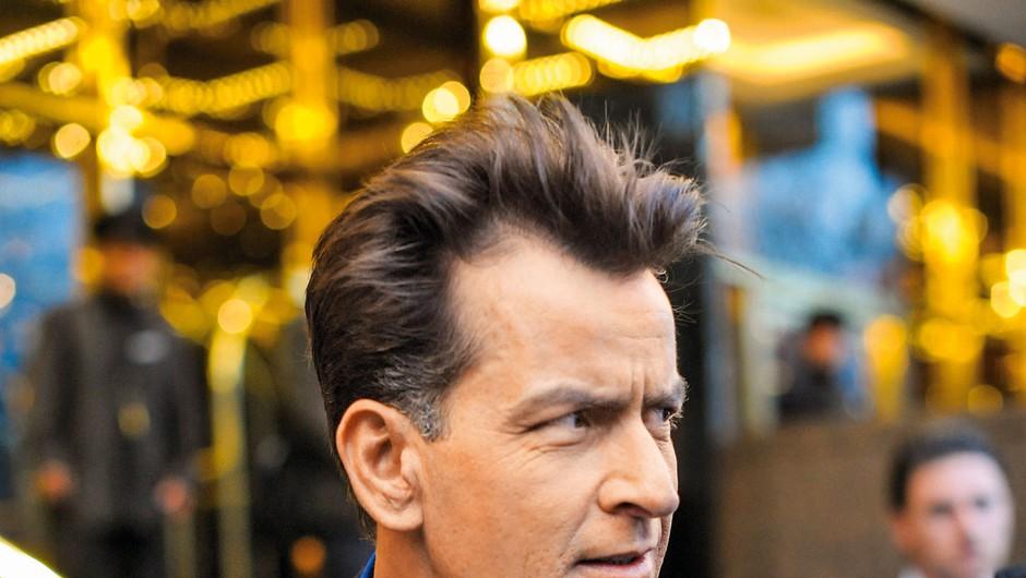 Charlie Sheen predstavil svoj predsedniški program (foto: Profimedia)