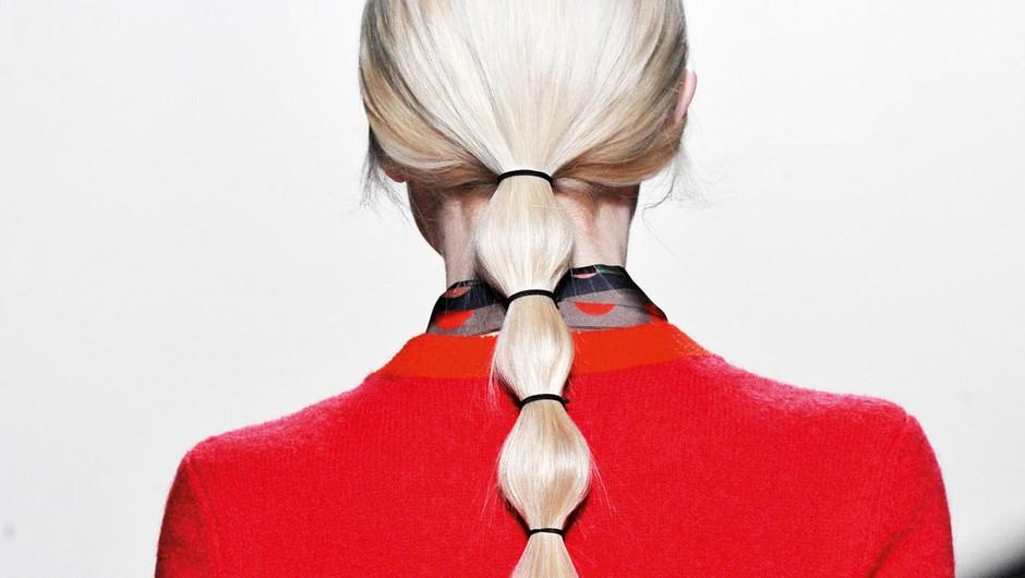 Najbolj trendi ta hip: spni lase v pletene mehurčke (foto: Profimedia)