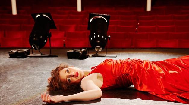 Si želiš biti igralka? Vpiši se v dramsko šolo (foto: Profimedia)