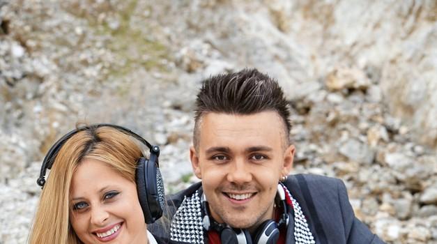 Dvojec Maraaya je zmagal s pesmijo Here For You. (foto: Helena Kermelj)