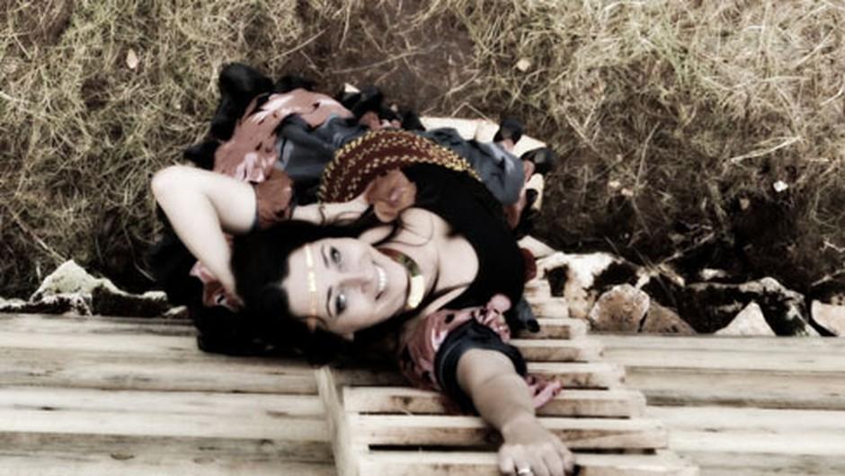 Kmalu: glasbeno-plesna-gledališka predstava Ciganka (foto: promocijsko gradivo)