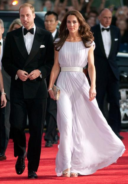 30 najlepših videzov Kate Middleton