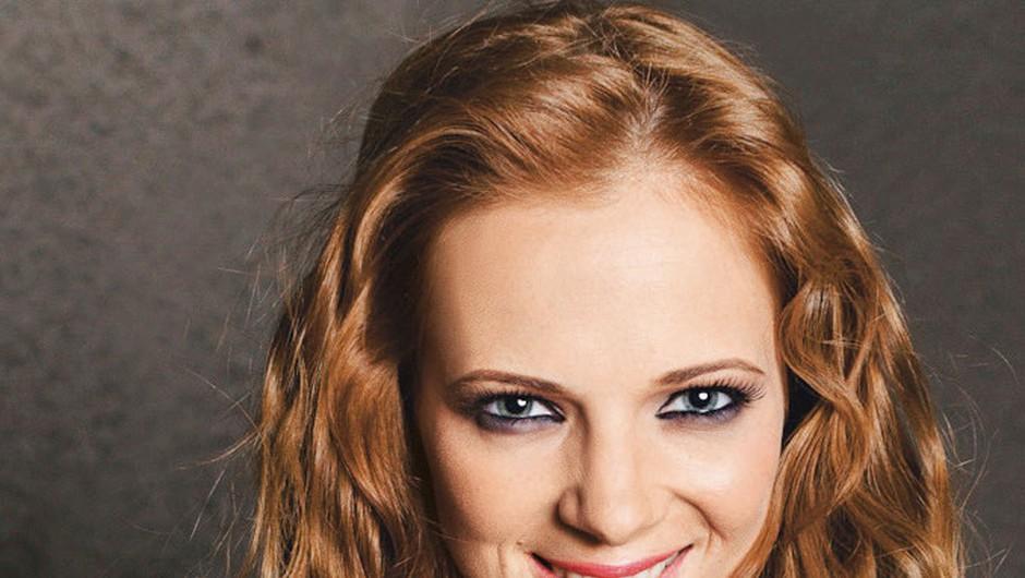 Nina Pušlar ni več videti tako!  (foto: arhiv AML)