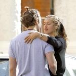 Bradley Cooper in Irina Shayk ujeta med vročim poljubljanjem! (foto: Profimedia)