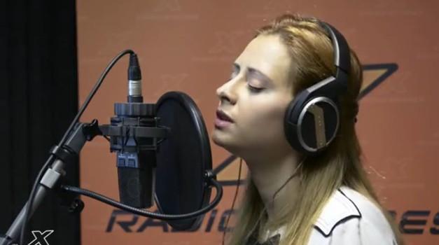 VIDEO: Maraaya navdušuje s čudovito pesmijo! (foto: Youtube)
