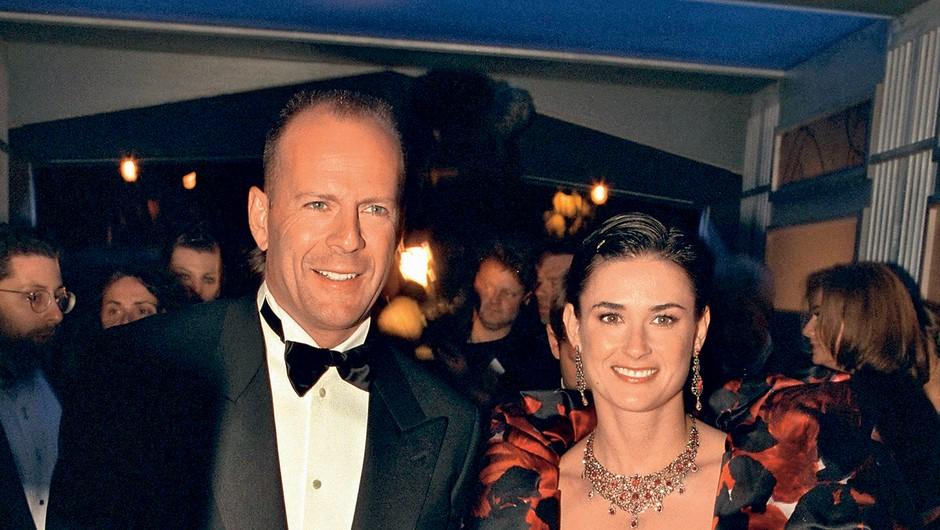 Demi se je ob ločitvi od Brucea  Willisa, s katerim je bila  poročena med letoma 1987  in 2000, spomnila boleče  ločitve svojih staršev in  odraščanja brez očeta.  (foto: Profimedia)
