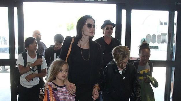 Angelina Jolie in Brad Pitt načrtujeta nakup vile v Barbarigi!?! (foto: Profimedia)