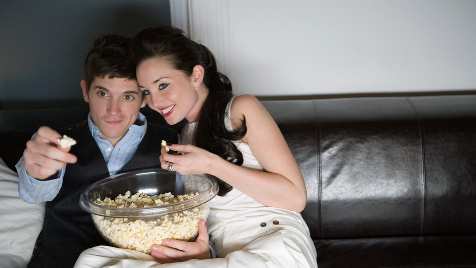 6 razlogov, zakaj ni pametno jesti pred televizijo (foto: Profimedia)