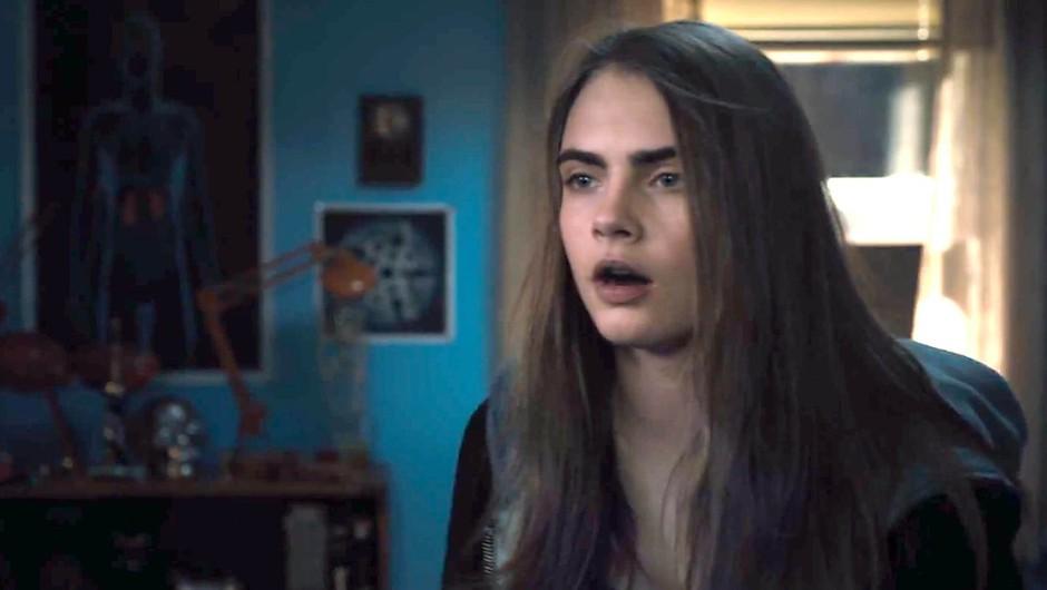 V naša kina prihaja film Lažna mesta s Caro Delevingne (foto: Profimedia)