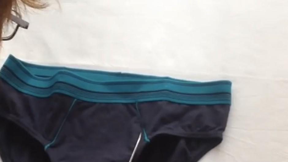Super trik, kako iz fantovih spodnjic ustvariš športni modrček (VIDEO) (foto: YouTube)