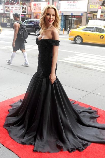 Scarlett Johansson je dobila svojo voščeno lutko - izjemna je!