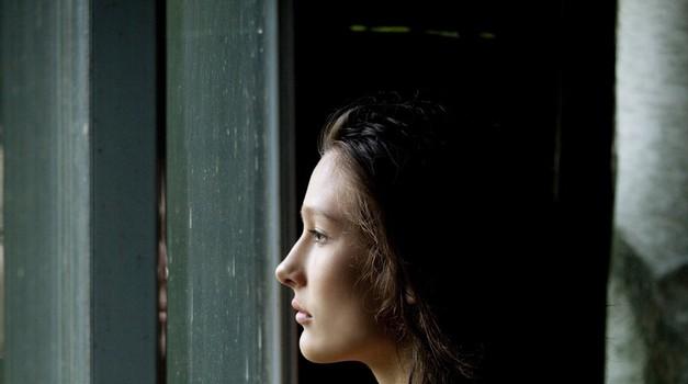 Ne boš verjela, kaj te lahko dela zelo nesrečno (foto: Profimedia)