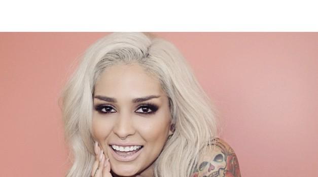 Spoznaj Loro Arellano, vizažistko, ki liči Rihanno! (foto: instagram.com/lora_arellano)