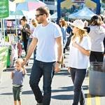 Hčerkici Drew  Barrymore in Willa  Kopelmana, rojeni  aprila lani, je ime  Frankie.  (foto: Profimedia)