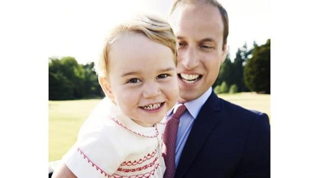 Kate in William močno zaskrbljena za princa Georgea (foto: Profimedia)