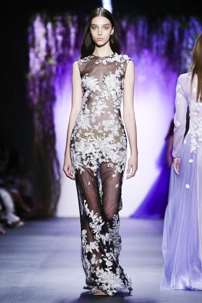 Romantične dolge obleke in krila z veliko prosojnosti bodo vsekakor naslednji pomladno/poletni trend.