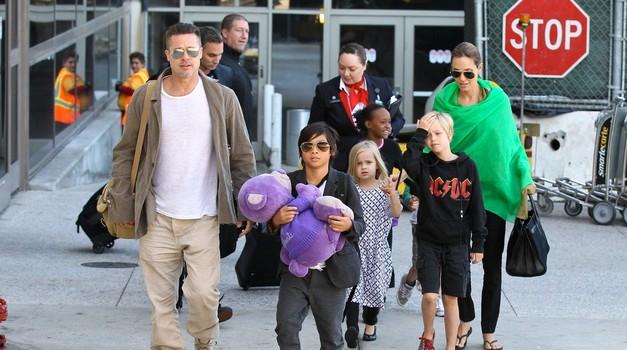 Brad in Angelina - kmalu jih bo 9! (foto: profimedia)