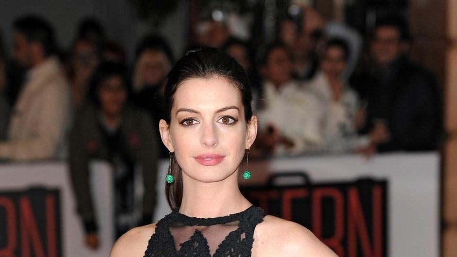Anne Hathaway spregovorila o temni plati Hollywooda (foto: Profimedia)