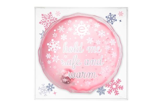 Blazinica za segrevanje mrzlih rok Essence Winter? Wonderful! je nepogrešljiv pripomoček za mrzle roke. Tople blazinice za ponovno uporabo z …