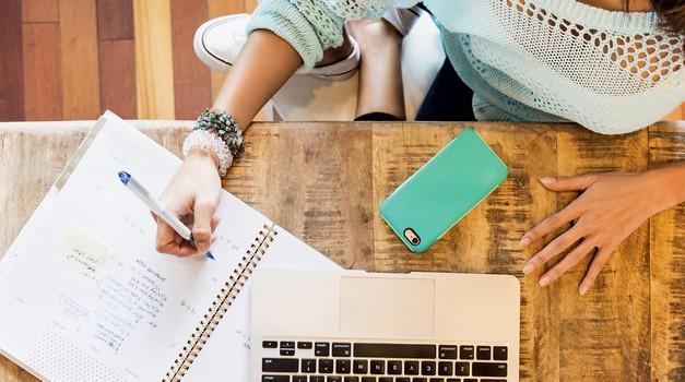 Kako zaženeš svoj biznis, če že imaš službo? (foto: Getty Images)