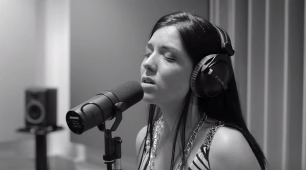 VIDEO: Moraš slišati, kako Ina Shai odpoje Adelino pesem Hello (foto: Youtube)