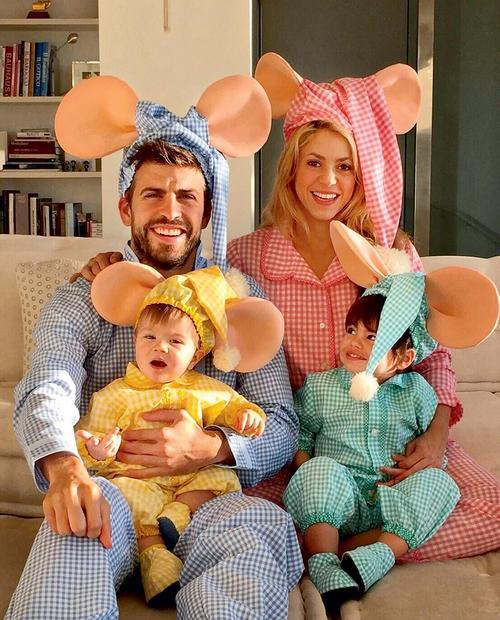 29. januar: Glasbenica Shakira in nogometaš Gerard Piqué sta s sinčkom Sasho poskrbela, da je njun Milan postal starejši brat.