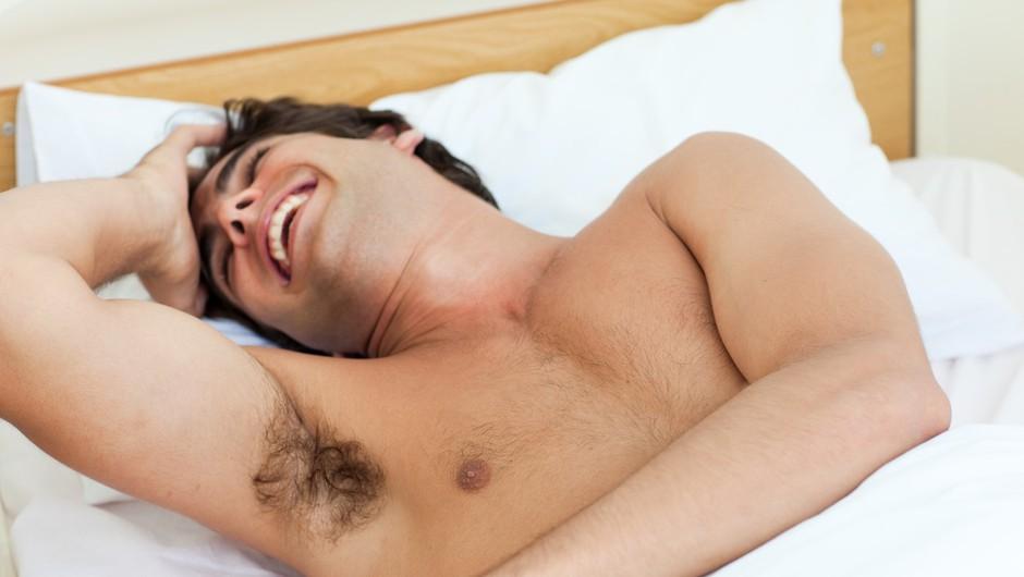 Njegova poraščenost izdaja, kako dober je v postelji (foto: Profimedia)