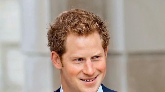 Poglej, v katero lepotico naj bi se zagledal princ Harry (foto: Profimedia)