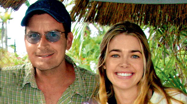 Igralki Denise Richards po ločitvi Charlie Sheen še vedno greni življenje (foto: Profimedia)