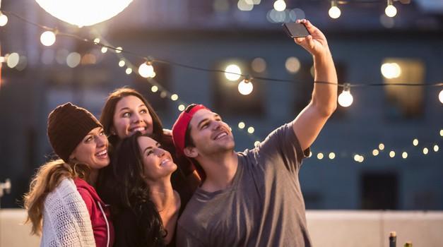 3 namigi, kako se lahko v družbi tvojih prijateljic odlično počuti (foto: Profimedia)