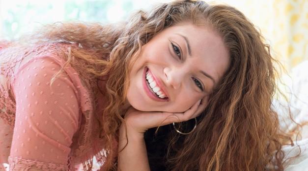 8 trikov za več volumna tvojih las (foto: Profimedia)