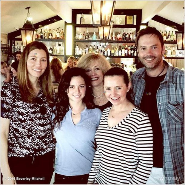 3. marca je lepa ameriška igralka Jessica Biel dočakala odprtje svoje restavracije Au Fudge. Njen gostinski objekt Au Fudge je …