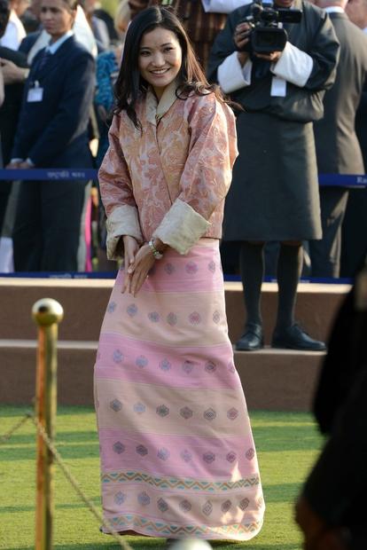 stilu oblačenja. In čeprav zunaj meja Butana ni pretirano poznana, je s svojo milino in lepoto ...