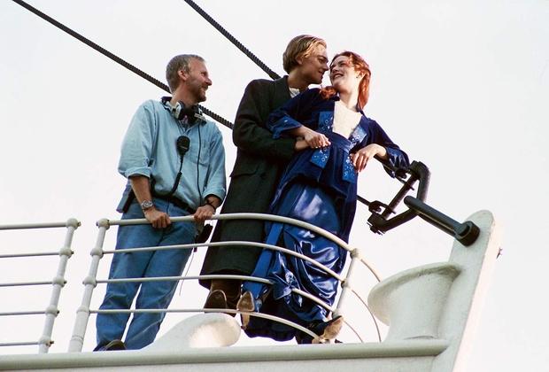Na snemanju filma Titanik je glavna igralca Kate Winslet in Leonarda DiCapria ves čas budno spremljal režiser James Cameron, ki …