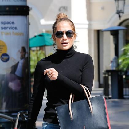 FOTO: Obožujemo te sandale Jennifer Lopez!