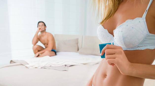 Poglej, kaj si on v resnici misli, ko ti predlagaš uporabo kondoma (foto: Profimedia)