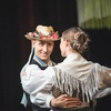 Kmalu: Folklorni spektakel maroltovcev