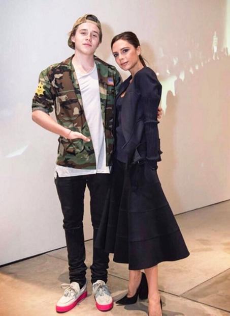 17-letnik, ki se je še konec lanskega leta dobival s francosko igralko Sonio Ben Ammar, se je pred kratkim s …