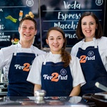 Martina in Polona bosta za začetek ljubiteljem ulične kulinarike ponudili štiri jedi. (foto: promocijsko gradivo)