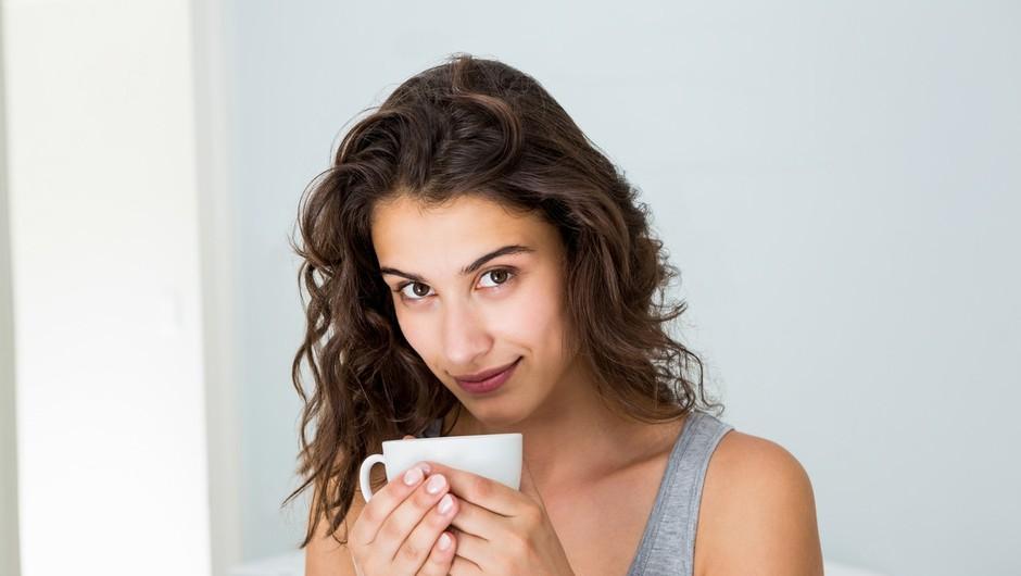 Zakaj bi morala veliko pogosteje piti belo kavo? (foto: Profimedia)