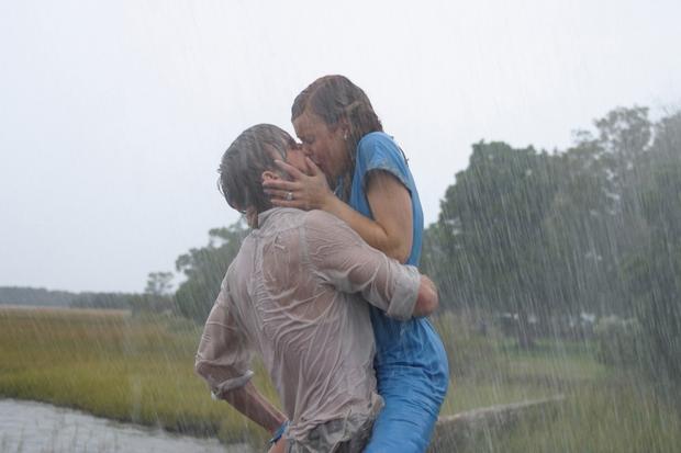 Čeprav sta bila Ryan Gosling in Rachel McAdams v filmu na moč zaljubljena, je zgodba v ozadju snemanja precej manj …