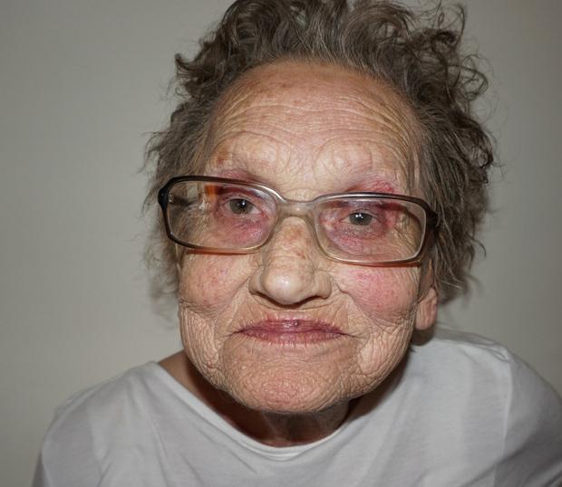"""""""Moja babica je bila vedno moj model. Že od malih nog sem vadila na njej in vedela sem, da hočem …"""