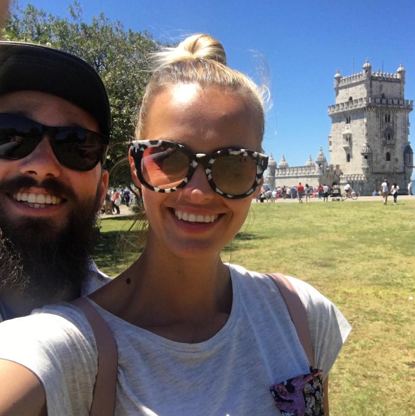 Tjaša Kokalj, manekenka, voditeljica in blogerka, ki se je lani poročila, je na Instagramu presenetila z novo barvo las. Poglej, …
