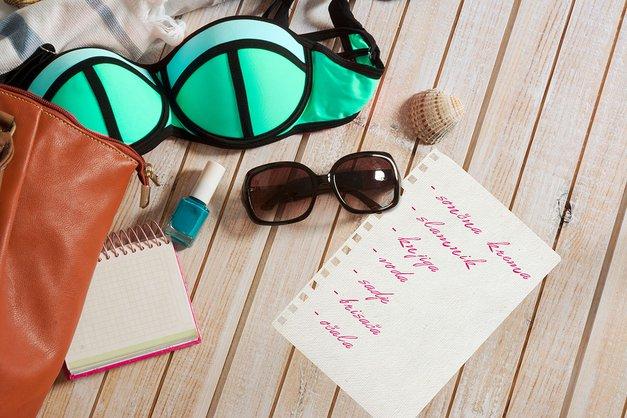 Povej nam kaj vse vzameš s seboj na plažo in osvoji 40 evrov (foto: shutterstock)