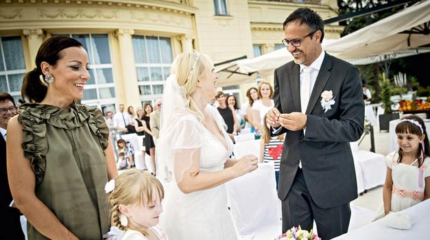 Alenka Kesar: Na poročni dan so se ji zgodile tri nenavadne stvari (foto: Ana Kovač)