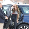 FOTO: Poglej, kako zelo vitka je Kate Middleton v oprijetih kavbojkah